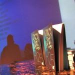 Az R25 könyvbemutató képekben