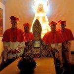 Konklávé cigarettafüsttel – Az ifjú pápa sorozatkritika